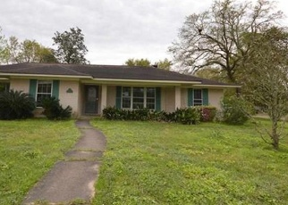 Foreclosed Home in Orange 77630 TREEMONT LN - Property ID: 4392635391