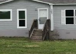 Foreclosed Home in Gonzales 78629 COUNTY ROAD 235 - Property ID: 4392640658