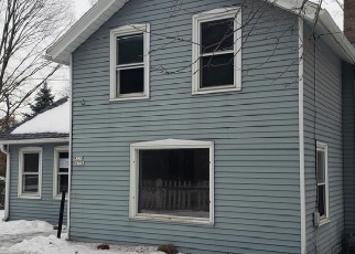 Foreclosed Home in Menomonee Falls 53051 TOWN LINE RD - Property ID: 4392650278