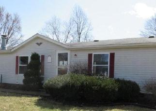 Foreclosed Home in Ridge Farm 61870 E OWEN ST - Property ID: 4392662549