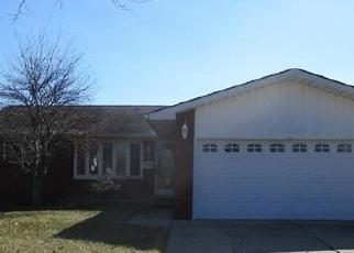 Foreclosed Home in Riverview 48193 CRANBROOK ST - Property ID: 4392663419