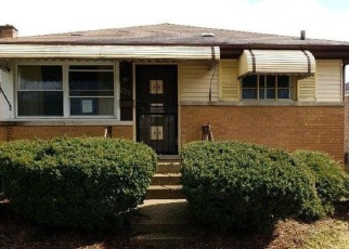Foreclosed Home in Bellwood 60104 49TH AVE - Property ID: 4392667814