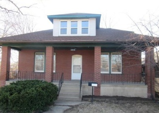 Foreclosed Home in Saint Louis 63114 NORTH AND SOUTH RD - Property ID: 4392675692