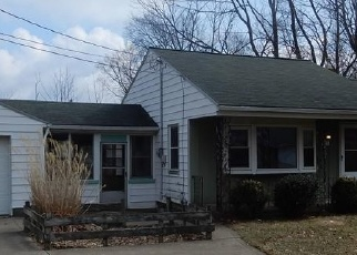 Foreclosed Home in Brunswick 44212 SANDRA DR - Property ID: 4392677890