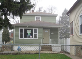 Foreclosed Home in Blue Island 60406 HONORE ST - Property ID: 4392696721