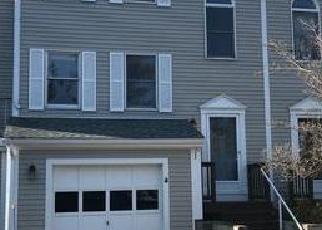 Foreclosed Home in Bristol 02809 HIGH MEADOW CT - Property ID: 4392743574