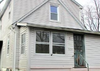 Foreclosed Home in Woodbury 08096 2ND AVE - Property ID: 4392770734