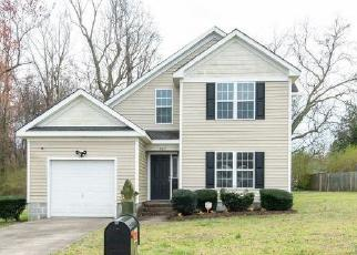 Foreclosed Home in Suffolk 23434 DAVIS BLVD - Property ID: 4392815399