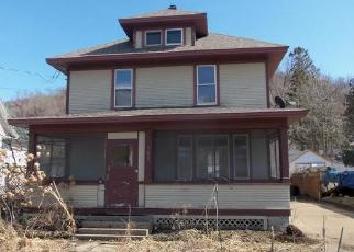 Foreclosed Home in Red Wing 55066 W 7TH ST - Property ID: 4392914381