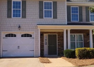 Foreclosed Home in Fayetteville 28304 BENTRIDGE LN - Property ID: 4392961240