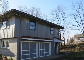 Foreclosed Home in Connellsville 15425 CONNELLSVILLE AVE - Property ID: 4393004612