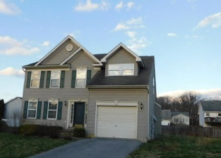 Foreclosed Home in Martinsburg 25405 STINSON CT - Property ID: 4393045784