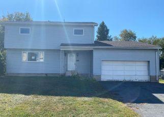 Foreclosed Home in Scranton 18505 CRANE ST - Property ID: 4393102718