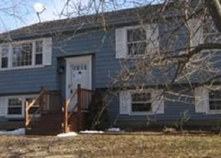 Foreclosed Home in Andover 01810 RATTLESNAKE HILL RD - Property ID: 4393212650