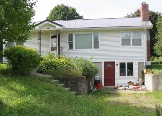 Foreclosed Home in Jeffersonville 05464 VERMONT ROUTE 15 - Property ID: 4393220981