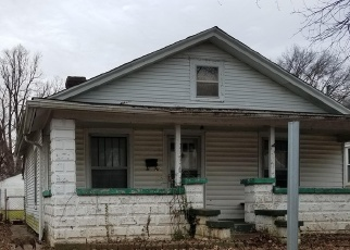 Foreclosed Home in Louisville 40215 POWELL AVE - Property ID: 4393270908
