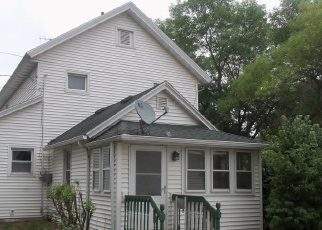 Foreclosed Home in Lake City 55041 S 7TH ST - Property ID: 4393319962