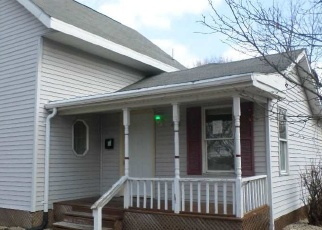 Foreclosed Home in Janesville 53548 N CHATHAM ST - Property ID: 4393332653