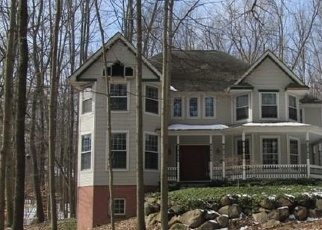 Foreclosed Home in Canton 48187 TRILLIUM LN - Property ID: 4393419815