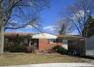 Foreclosed Home in Livonia 48154 BARKLEY ST - Property ID: 4393430765