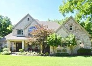 Foreclosed Home in Granbury 76049 GREEN LEAVES DR - Property ID: 4393516605