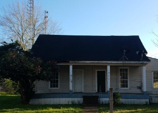 Foreclosed Home in Nacogdoches 75961 MULLER ST - Property ID: 4393551640