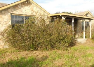 Foreclosed Home in Uvalde 78801 W US HIGHWAY 90 - Property ID: 4393556902