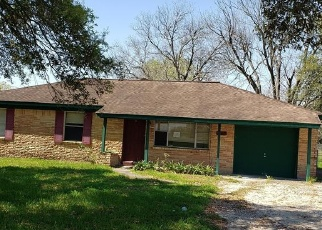 Foreclosed Home in Angleton 77515 GIFFORD RD - Property ID: 4393563908