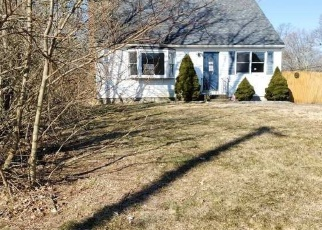Foreclosed Home in Mastic Beach 11951 WOODMERE DR - Property ID: 4393657630