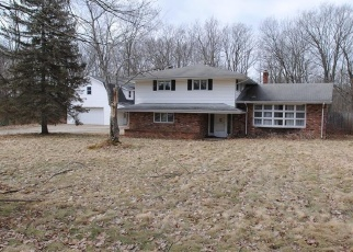 Foreclosed Home in Chesterland 44026 STRATFORD TRL - Property ID: 4393830180