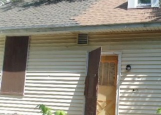 Foreclosed Home in Rochester 14611 COLVIN ST - Property ID: 4393916472