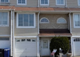 Foreclosed Home in Staten Island 10303 CAROL PL - Property ID: 4393917342
