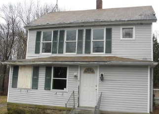 Foreclosed Home in East Hampton 06424 YOUNG ST - Property ID: 4393930483