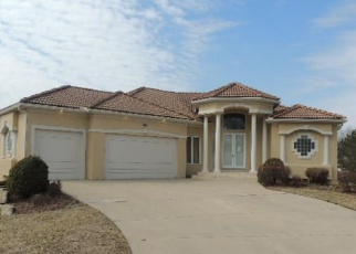 Foreclosed Home in Lees Summit 64081 SW COACHLIGHT PL - Property ID: 4393970339