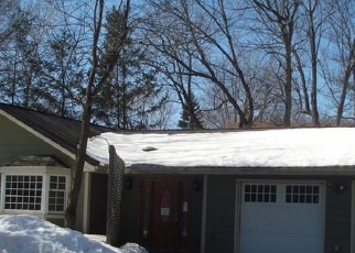 Foreclosed Home in Circle Pines 55014 2ND AVE - Property ID: 4394044354
