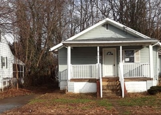 Foreclosed Home in Trenton 08610 LOCUST AVE - Property ID: 4394130191