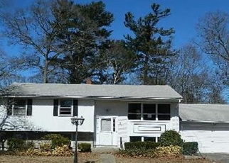 Foreclosed Home in Randolph 02368 GREEN ST - Property ID: 4394139844
