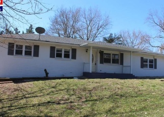 Foreclosed Home in Milford 66514 ROLLING HILLS DR - Property ID: 4394236185