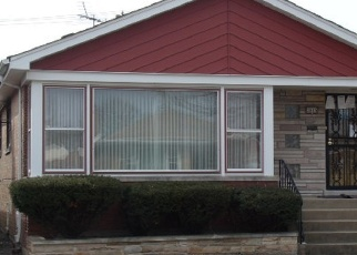 Foreclosed Home in Chicago 60652 W 84TH ST - Property ID: 4394301448