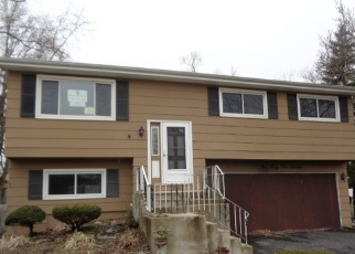 Foreclosed Home in Midlothian 60445 CLIFTON PARK AVE - Property ID: 4394312394