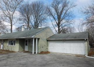Foreclosed Home in La Grange 60525 W 55TH ST - Property ID: 4394328155