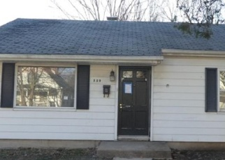 Foreclosed Home in Springfield 62702 N ENGLISH AVE - Property ID: 4394331671
