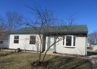 Foreclosed Home in West Chicago 60185 BISHOP ST - Property ID: 4394336486