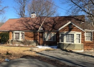 Foreclosed Home in Trumbull 06611 MAIN ST - Property ID: 4394427586