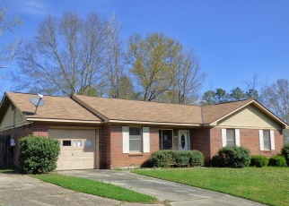 Foreclosed Home in Phenix City 36869 17TH AVE S - Property ID: 4394533125
