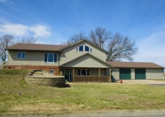Foreclosed Home in Roanoke 61561 N 7TH ST - Property ID: 4394591835