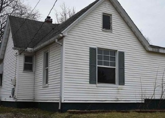 Foreclosed Home in Canton 61520 E ASH ST - Property ID: 4394592707
