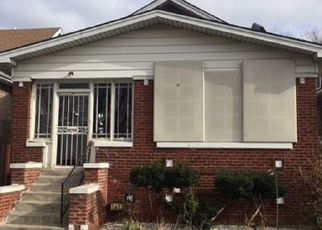 Foreclosed Home in Chicago 60651 N MAYFIELD AVE - Property ID: 4394594450