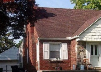 Foreclosed Home in Allen Park 48101 REGINA AVE - Property ID: 4394618992