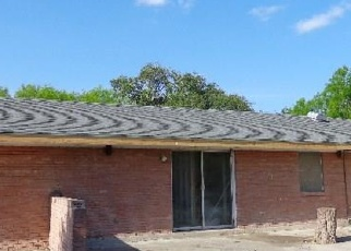 Foreclosed Home in Kingsville 78363 HELEN MARIE DR - Property ID: 4394668468